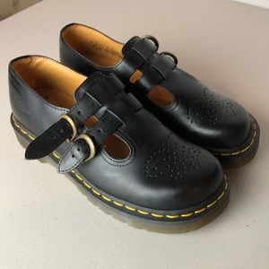 Dr Martens Mary Jane Like New Black Shoes Size 6